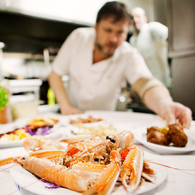 volos tsipouro shrimps